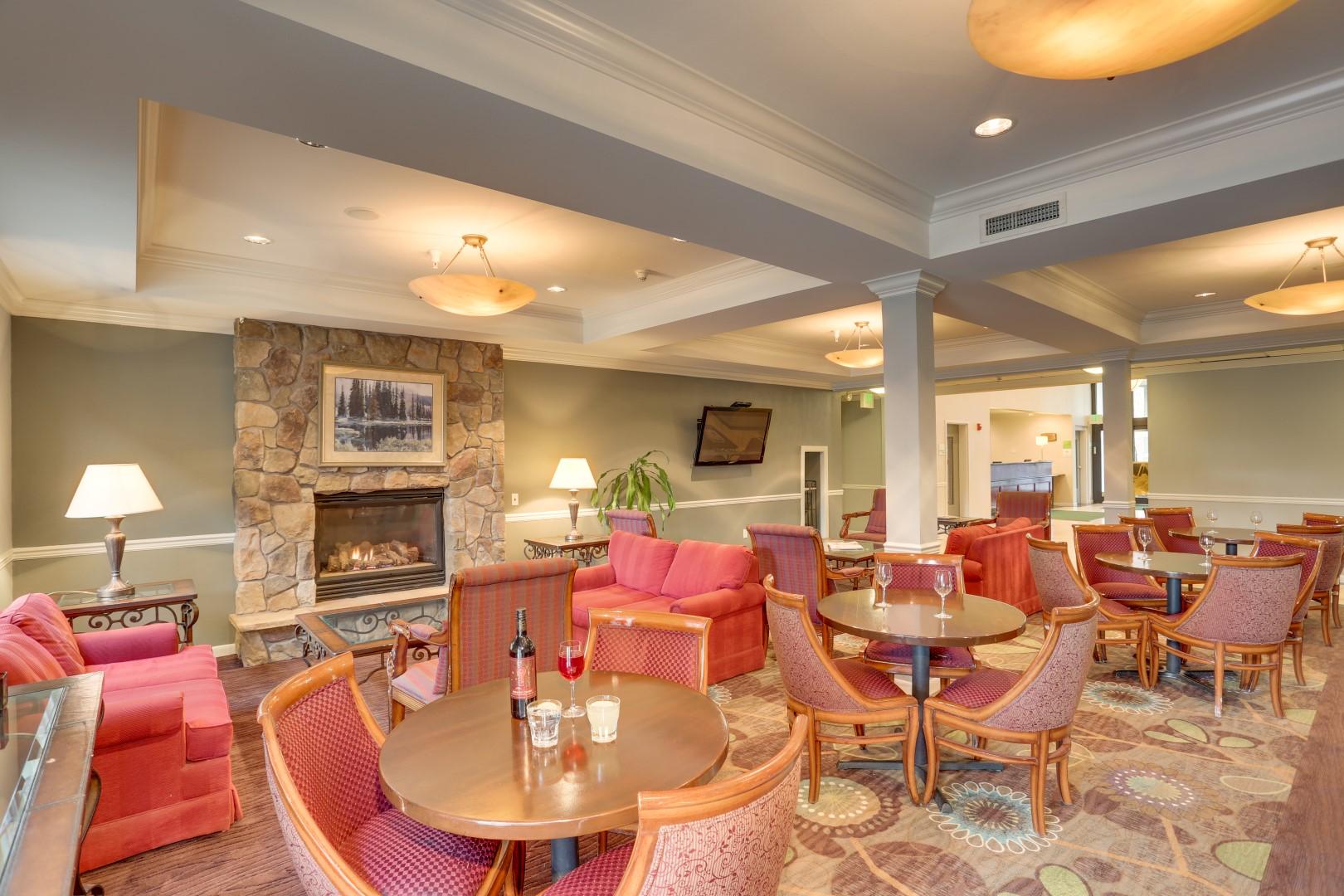 Spokane Hotel Photography - Hotel Lounge