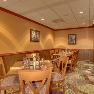 Spokane Hotel Photography - Peppers Restaurant